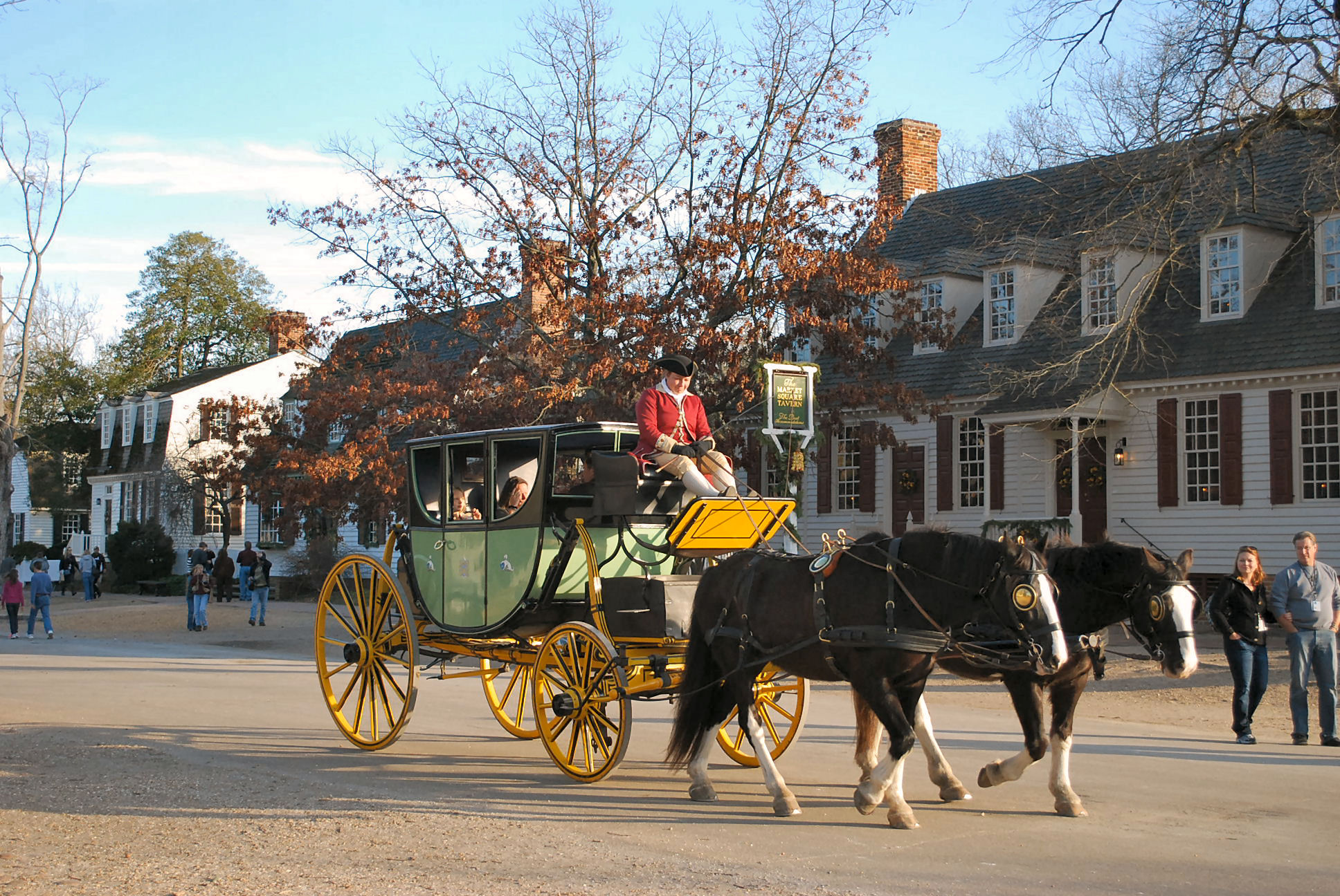 Christmas decorations in williamsburg va life and real for To do in williamsburg