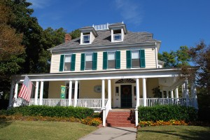 Cape Charles House B & B