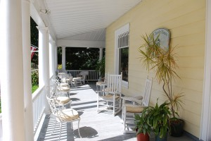 Gracious Front Porch on Cape Charles House B & B