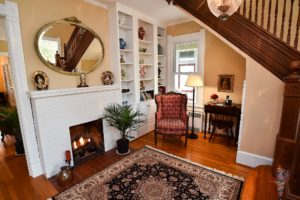 Foyer and fire place