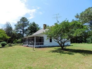 1Cottage w scr porch - Copy